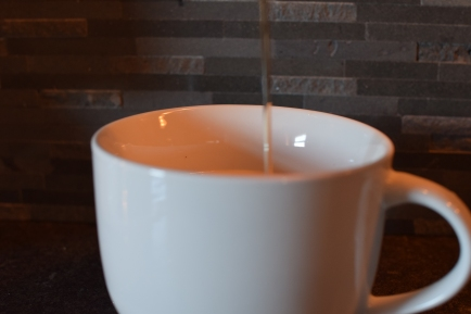 vanilla and caramel allergy hot drink for blog and youtube 114